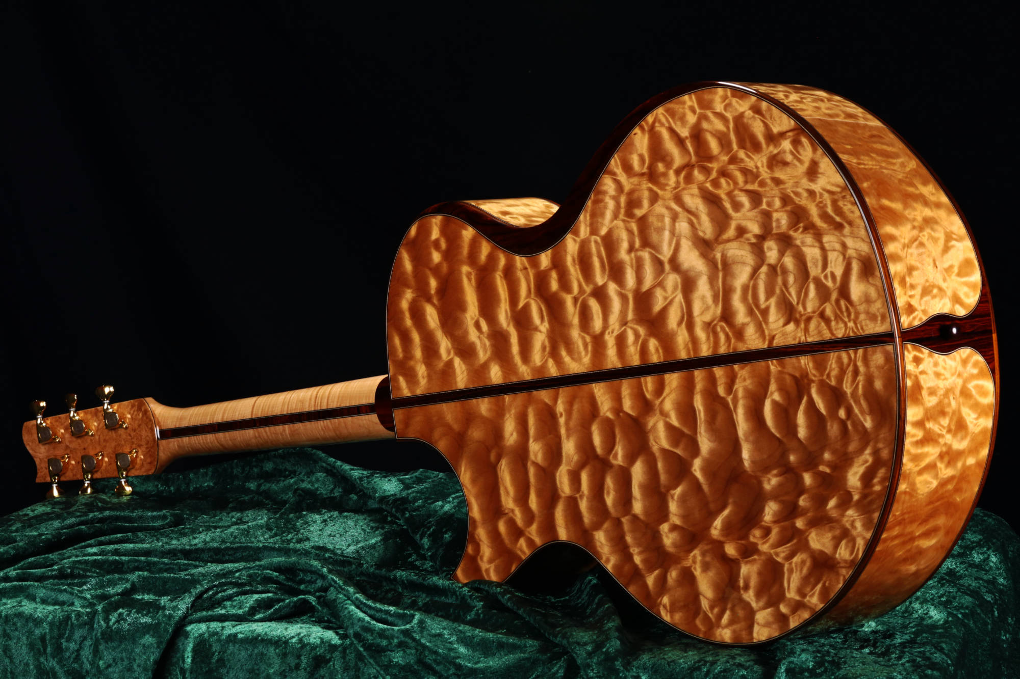 Josie Small Jumbo Quilted Maple Back